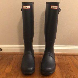 Hunter rain boots - tall, navy